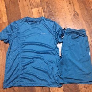 ⚽️ Reebok men's top and shirt workout L